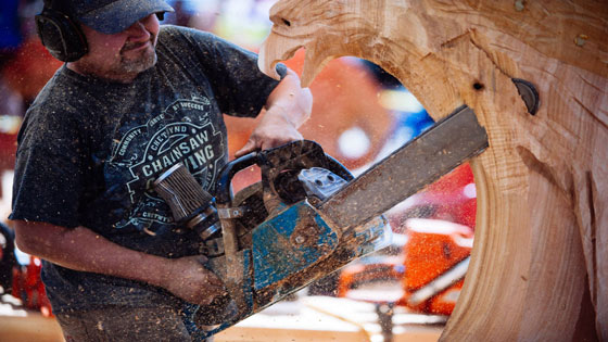 Loggerodeo Festival of Sedro Woolley - Chainsaw Carving